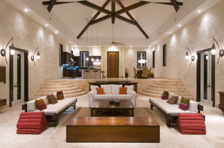 Villa Balinese oceanfront Great Room Providenciales