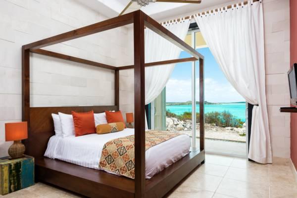 Guest bedroom Villa Balinese Providenciales