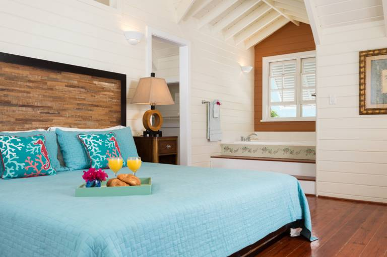 Etoile de Mer, Providenciales, feels more like a lovely oceanview home than a holiday rental