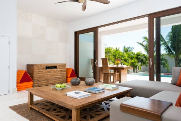 Sugar Kube a one-bedroom Turks and Caicos vacation villa on Grace Bay